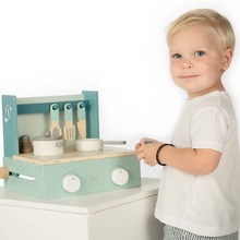 Do you want to cook? In a few seconds you have unfolded the beautiful cooker and your child can cook where and when they wants. 🍳🍳  #labellabelwood #LabelLabel #FSC #FSCWood #Cooking #Kitchen #toystagram #WoodenToys #Wood #Kids