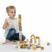 Design, create and build the most beautiful structures, figures, animals ... with this Label Label block set.  ⠀⠀⠀⠀⠀⠀⠀⠀⠀ #LabelLabel #WoodenToys #FSC #FSCWood #Wood #Ecological #Eco #Kids #Playing
